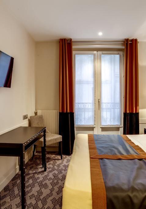 Hotel d'Amiens Paris 03