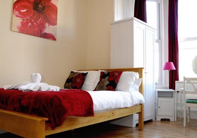Balmore Guest House Edinburgh